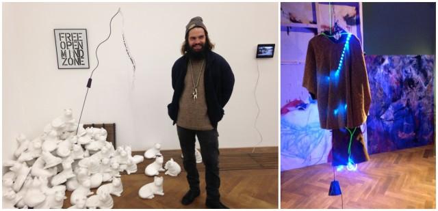Der Künstler Johannes Willi vor seiner Installation, die ihn überflüssig machen soll sowie ein brennendes Kleid von Louise Guerra