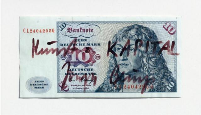 Beuys meinte es richtig: Kunst = Kapital. Irgendwie ist seine Gleichung allzu sehr aufgegangen.