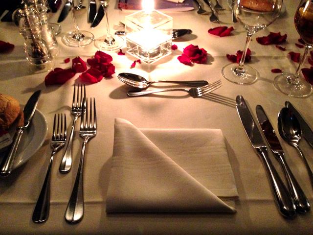Romantischer Abend Ideen : romantisches essen zu zweit hause wohn design ~ Indierocktalk.com Haus und Dekorationen