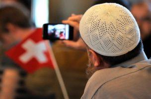 Man kann ohne Probleme Schweizer UND Muslim sein. (Symbolbild)
