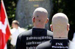 Profitieren von der allgemeinen Hetze:: Schweizer Nazis.