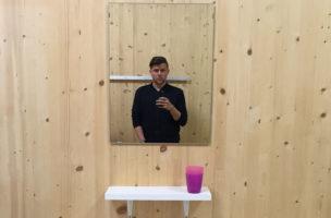 Verhält sich so, dass er noch in den Spiegel schauen kann: Knackeboul