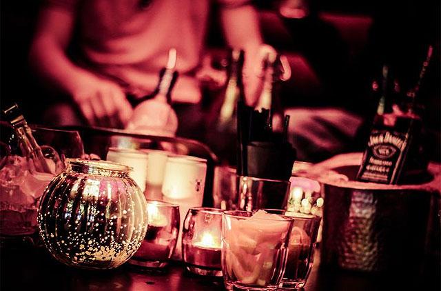 Teuer und weniger Absatz: Drinks im Ausgang.