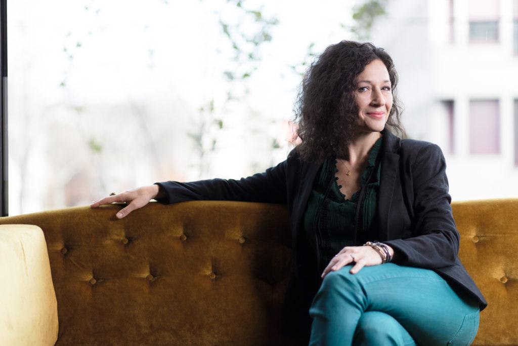 Die Schweizer Tatort-Kommissarin Delia Mayer weiss, weshalb sie keine Veganerin ist. (Foto: Giorgia Müller)