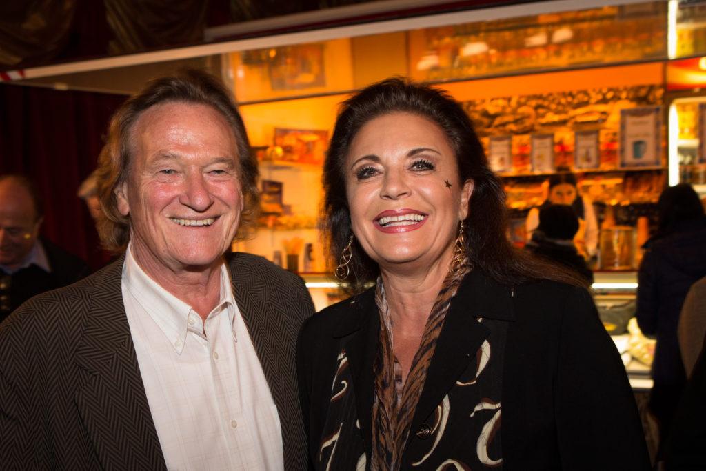 FCZ-Legende und seine Frau Monika Kaelin schwärmen von alten Zeiten, als sie den Circus Conelli besuchten. (Foto: Dominique Meienberg)