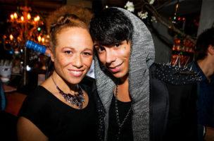 Das Posen für Partyfotografen gehört einfach zum VIP-Leben. (Bild: Tilllate.com)