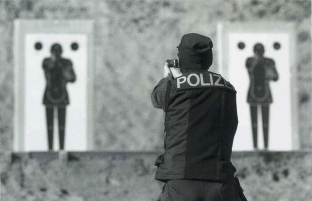 Mehr Übung an der Waffe für die Stapo.