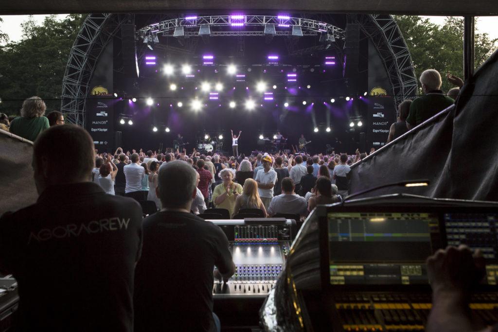 Hanswalter Huggler, Gründer des Musikfestivals Live at Sunset6, lässt das Festival wegen zu hoher Gagen dieses Jahr ausfallen. Branchenkollegen zollen ihm dafür Respekt. (Foto: Dominique Meienberg)