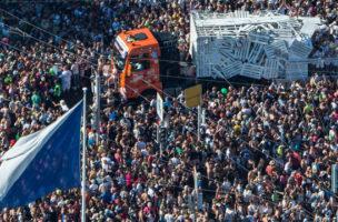DJs, die nicht vom Motorengeräusch zu unterscheiden sind: Keine Seltenheit an der Street Parade.