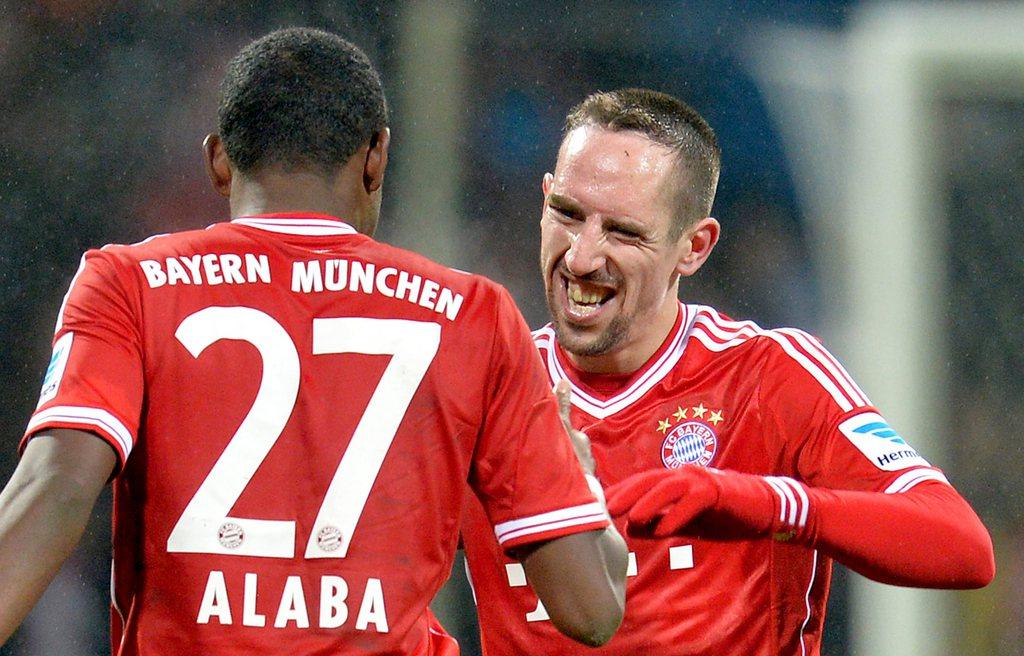 Gehts noch besser? Franck Ribéry (r.) und David Alaba stossen mit den Bayern in neue Dimensionen vor.