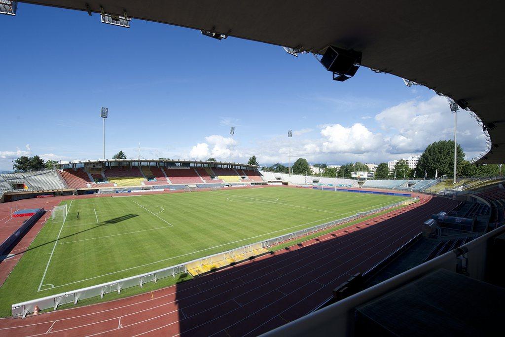 Top 10 der schweizer fussballstadien steilpass for Lausanner fussballstadion