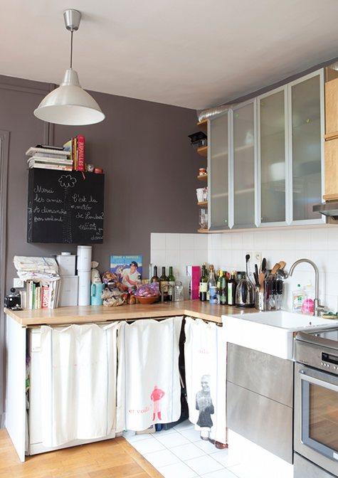 Kleine Schiefertafeln kommen in der Küche besonders gut an. (Bild über: room 269)