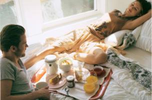 Anthropologie-Frühstück-im-Bett-640x449