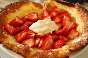 SWEET - Erdbeer crepe