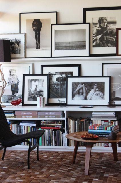 2 EIN WOHNZIMMER WIE EINE GALERIE Sie Lieben Bilder Und Können Nicht Genug  Davon An Ihre Wände Bringen? Entscheiden Sie Sich Für Eine Art Galerie.