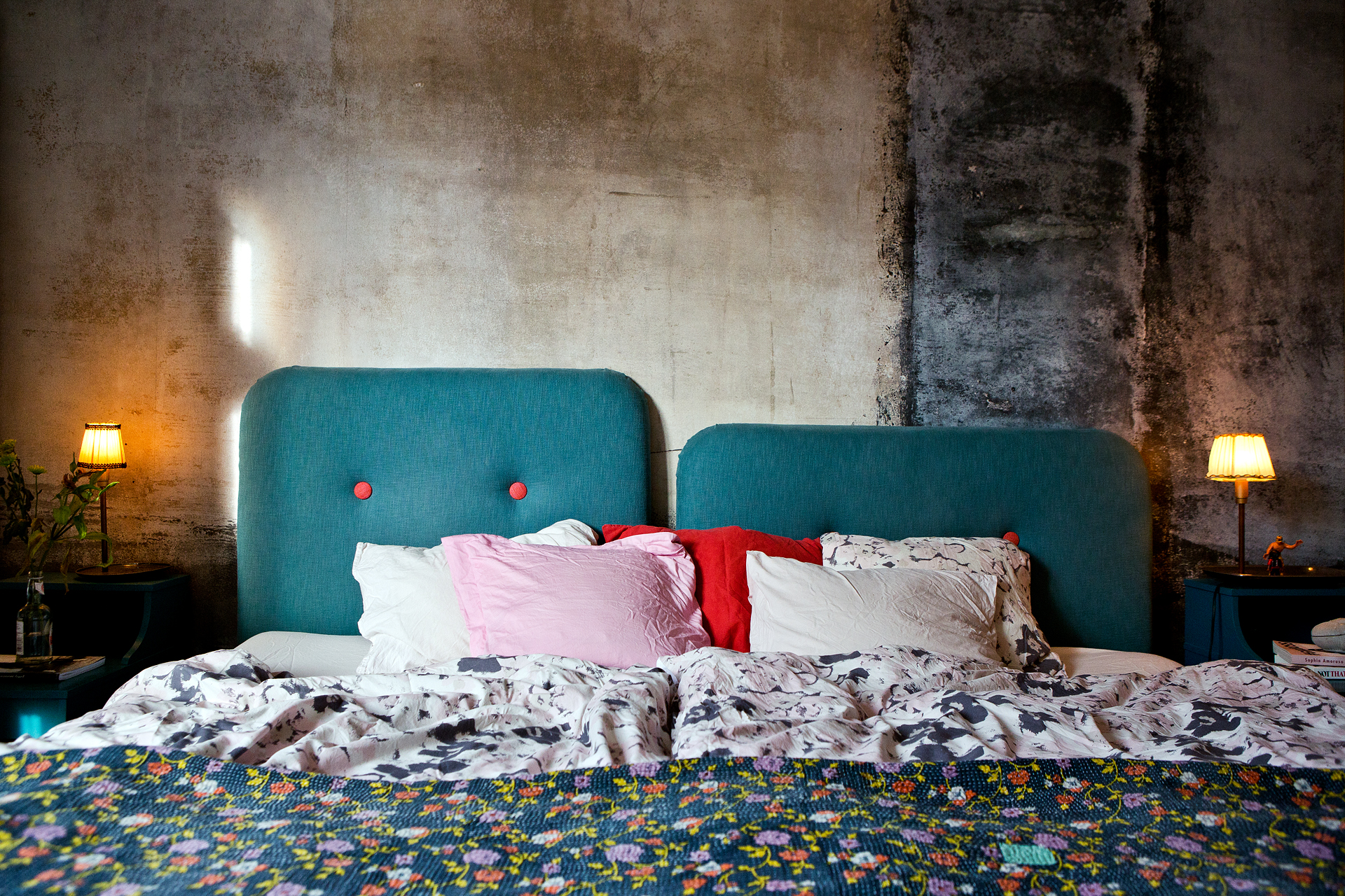 Bett Zum An Die Wand Klappen : wohnungsinserat aus stockholm sweet home ~ Sanjose-hotels-ca.com Haus und Dekorationen