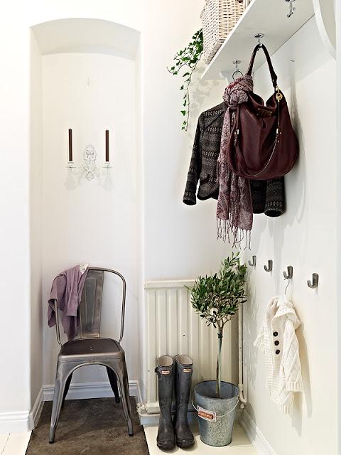 Nun Brauchen Wir Wieder Einen Guten Platz Für Die Vielen Mäntel, Jacken,  Mützen, Schals Und Schweren Schuhe. Eine Gut Organisierte Garderobe Hilft  Da, ... Pictures