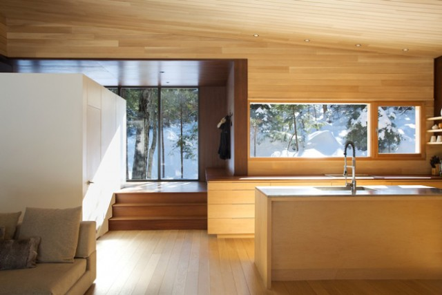 ein holzhaus mit sauna sweet home. Black Bedroom Furniture Sets. Home Design Ideas