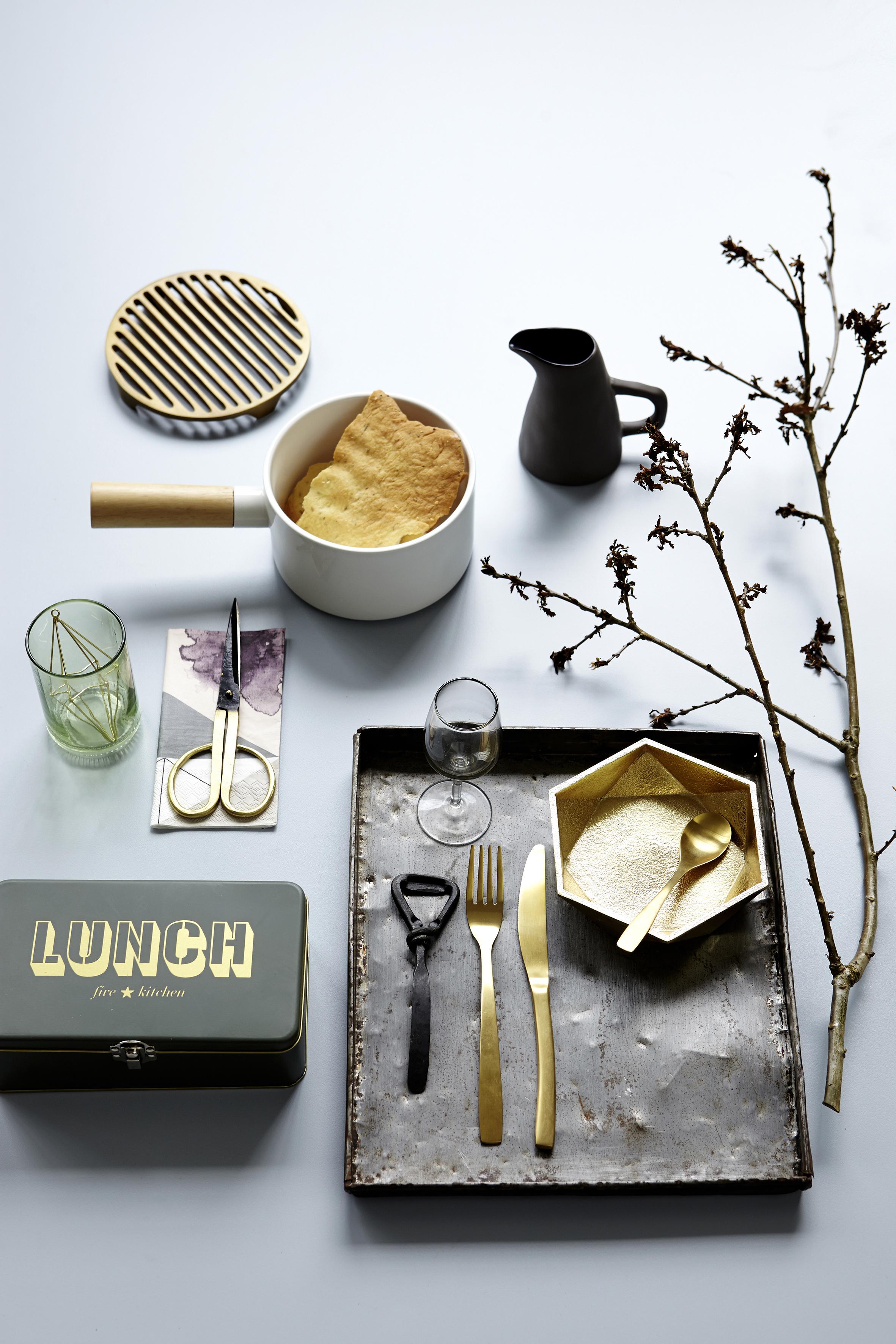 gold ist das neue kupfer sweet home. Black Bedroom Furniture Sets. Home Design Ideas