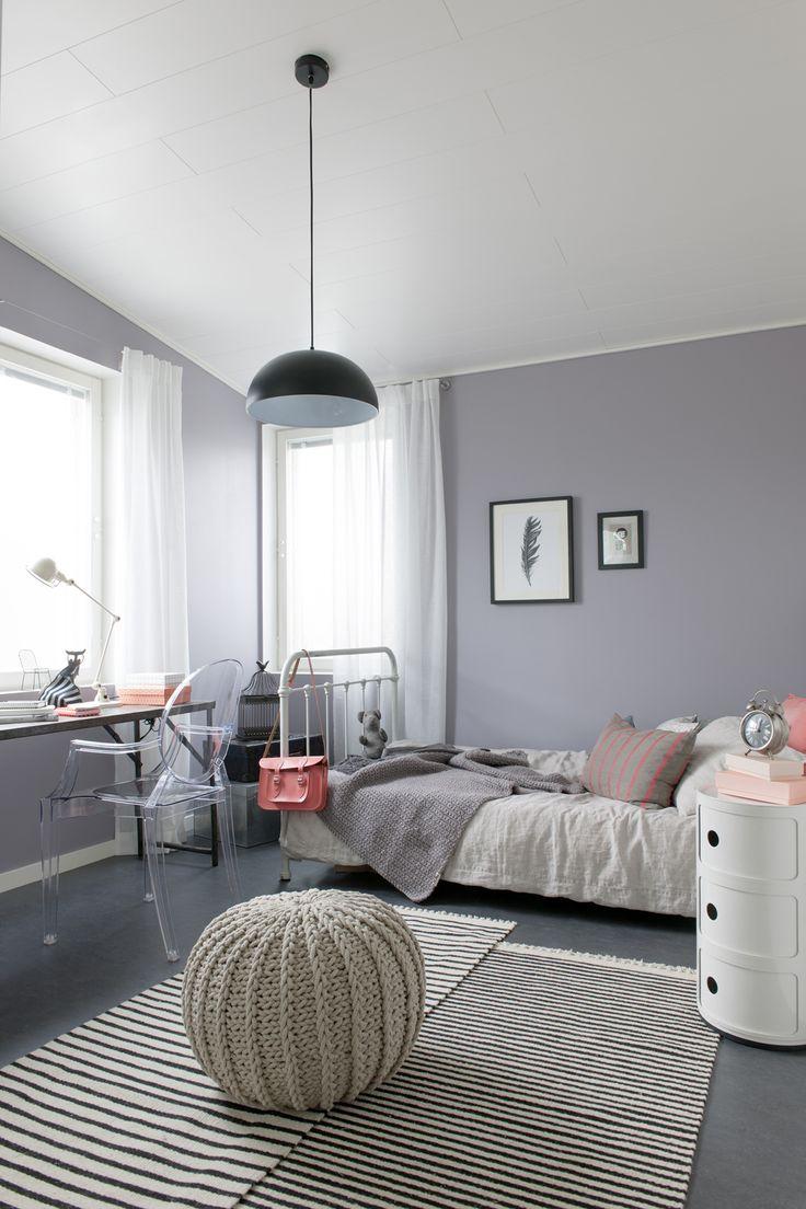 Sweet sixteen teenagerzimmer sweet home for Schmaler arbeitstisch