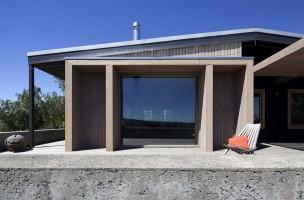 Plinth-House-04-850x566
