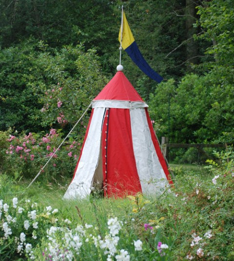 Red-tent