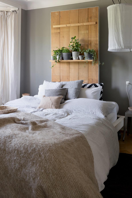 betten mit hintergrund sweet home. Black Bedroom Furniture Sets. Home Design Ideas