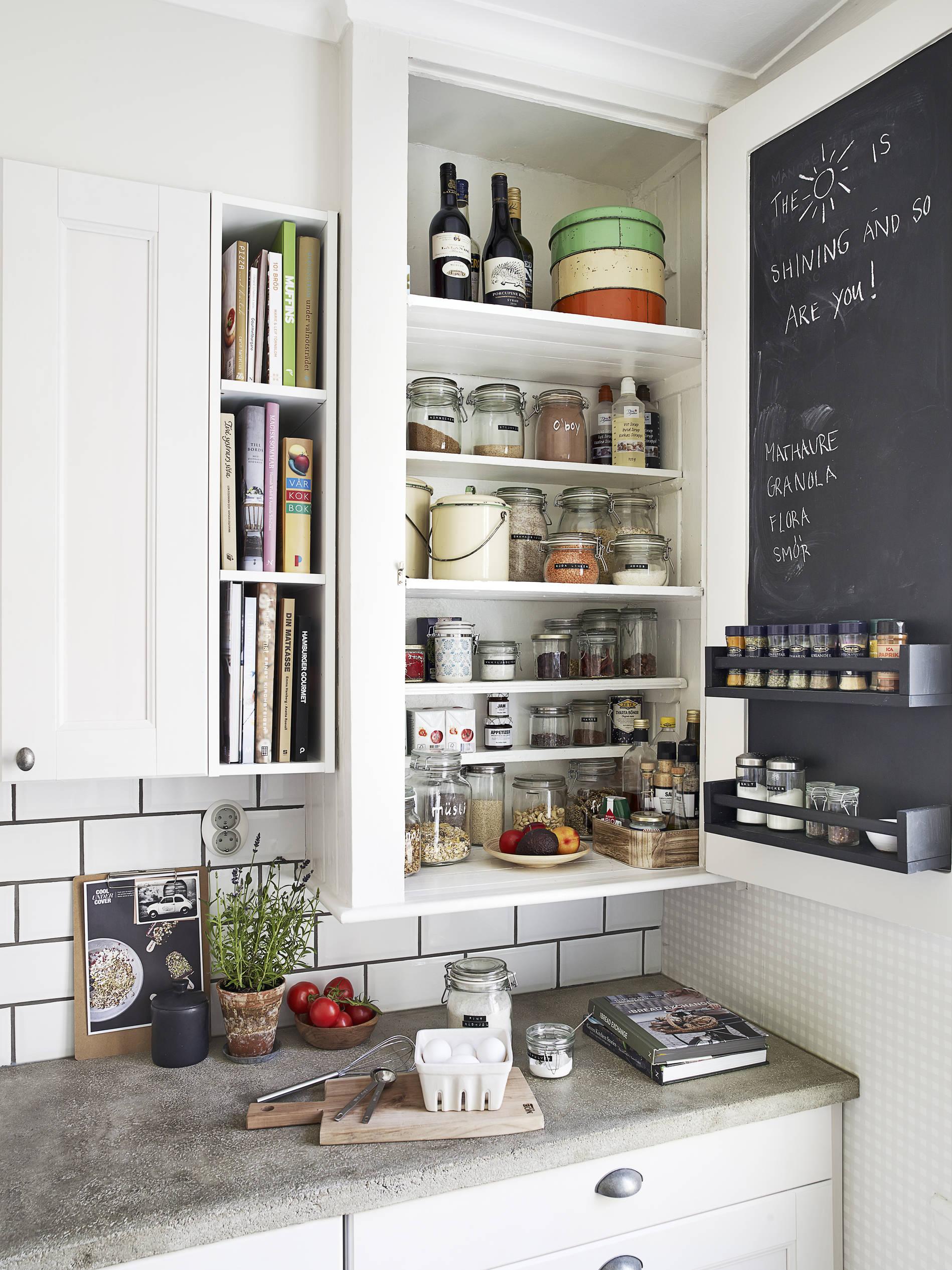 ordnen einr umen wohnen sweet home. Black Bedroom Furniture Sets. Home Design Ideas