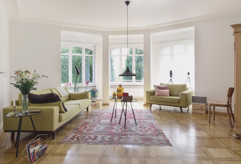 wohnzimmergestaltung mit farbigen mobeln, 10 ideen für schönere wohnzimmer | sweet home, Ideen entwickeln