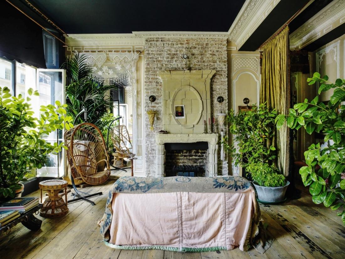 wohnen wie im theater. Black Bedroom Furniture Sets. Home Design Ideas
