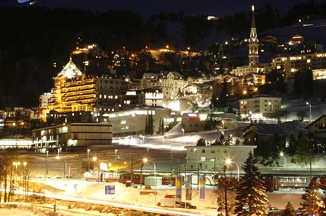 St.Moritz_nacht_cropped