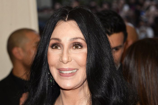 epa05304001 (FILE) A file picture dated 04 May 2015 shows US singer and actress Cher arriving for the 2015 Anna Wintour Costume Center Gala at the New York Metropolitan Museum of Art in New York, USA. Cher will celebrate her 70th birthday on 20 May 2016.  EPA/JUSTIN LANE *** Local Caption *** 51917922