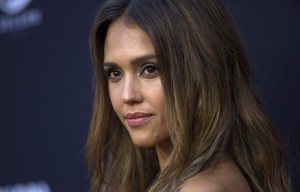 """Cast member Jessica Alba poses at the premiere of """"Sin City: A Dame to Kill For"""" in Hollywood, California August 19, 2014. The movie opens in the U.S. on August 22. REUTERS/Mario Anzuoni  (UNITED STATES - Tags: ENTERTAINMENT) - RTR4314V"""