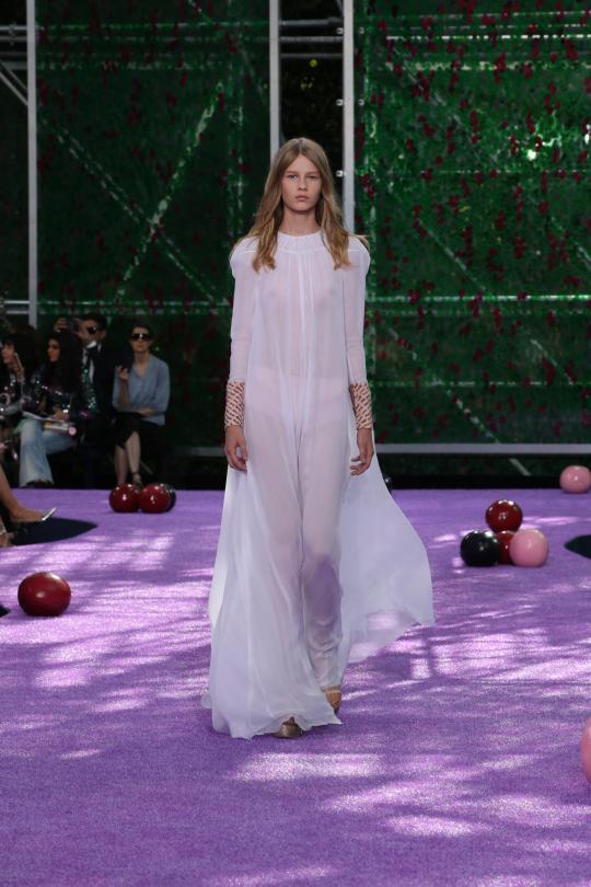 DIOR-HAUTE-COUTURE-FW-2015-16-Dior-Coutu