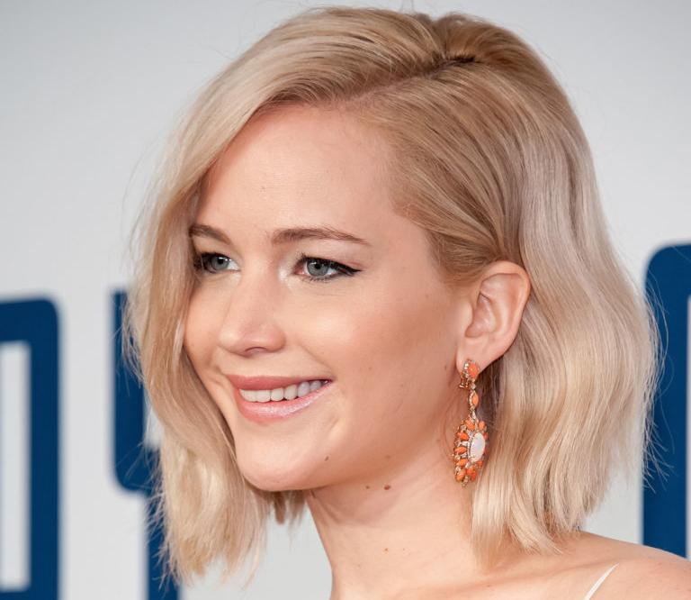Stil-Chamäleon Jennifer Lawrence trägt den aktuellen «Romantic Look». (Foto: Getty Images)