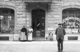 Laden_von_vorne_1920 NEU
