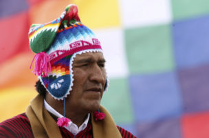Bolivian President Morales attends ceremony of the sacred fire at Intja island