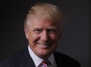 Bitte recht freundlich: Trump posiert nach einem Interview in seinem Büro. Foto: Lucas Jackson (Reuters)