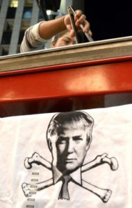 Nichts für Trump: Hotdog-Verkäufer in Los Angeles. (Keystone/Mike Nelson)