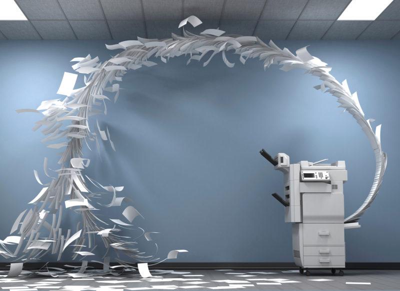 Ich stelle mir das Fax riesengross vor: In einem Keller der Hauptstadt vor sich hinstotternd, blitzeblank gepflegt, ein Monster, das alle unsere Anfragen wegputzt. Foto: Getty Images/iStockphoto