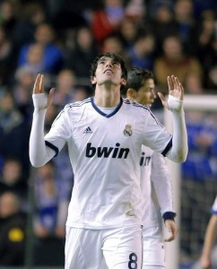 epa03597528 Real Madrid's Brazilian Ricardo Izecson 'Kaka' celebrates after scoring during the Spanish Primera Division soccer match between Deportivo and Real Madrid at the Riazor stadium in A Coruna, Galicia region, north-western Spain, 23 February 2013.  EPA/LAVANDEIRA JR.