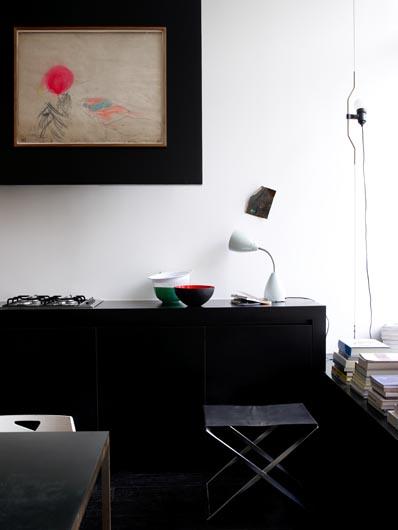 wie h ngt man bilder richtig auf sweet home. Black Bedroom Furniture Sets. Home Design Ideas