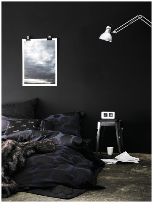 wohnen in schwarz sweet home. Black Bedroom Furniture Sets. Home Design Ideas