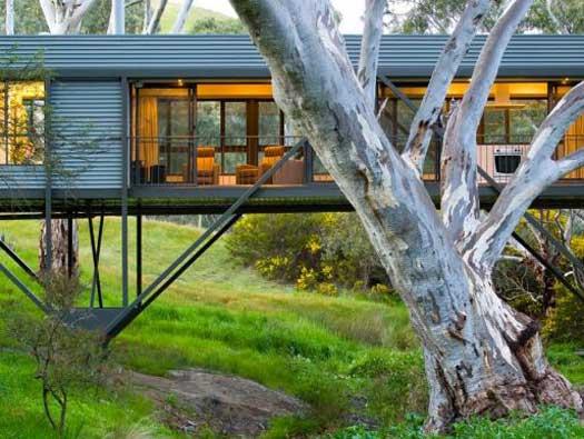 dieses haus ist auch eine br cke sweet home. Black Bedroom Furniture Sets. Home Design Ideas