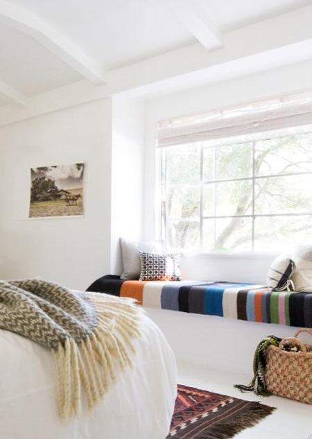 einen fensterplatz bitte sweet home. Black Bedroom Furniture Sets. Home Design Ideas