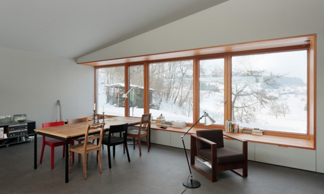 das asymmetrische wochenendhaus sweet home. Black Bedroom Furniture Sets. Home Design Ideas