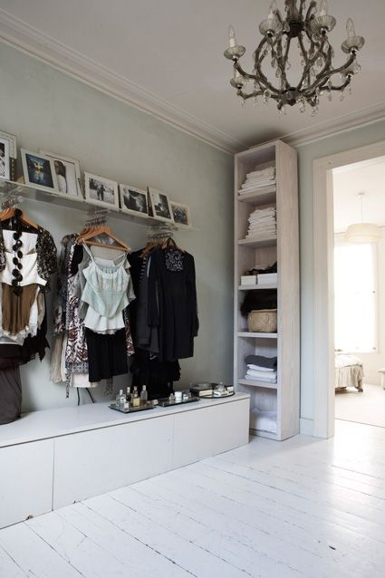 Offener kleiderschrank stange  Der Traum vom perfekten Schrank | Sweet Home