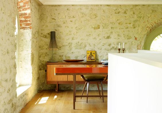 wohnen in der kirche sweet home. Black Bedroom Furniture Sets. Home Design Ideas
