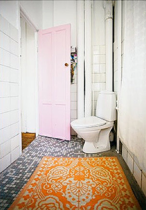 Die Plastikteppiche Mit Dekorativen Mustern Sind Mittlerweile Ein  Outdoorrenner Geworden, Es Gibt Sie In Allen Farben. Sie Können Aber Auch  Farbe, ...