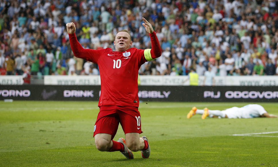 Football - Slovenia v England - UEFA Euro 2016 Qualifying Group E - Stozice Stadium, Ljubljana, Slovenia - 14/6/15 England's Wayne Rooney celebrates after scoring their third goal Action Images via Reuters / John Sibley Livepic  - RTX1GGRB